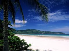 Praia de Mendes Lopes, em Ilha Grande, RJ