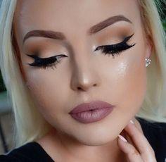 """makeupidol: """" makeup ideas & beauty tips """" Eyeliner For Beginners, Makeup Tips For Beginners, Beginner Makeup, Makeup Lipstick, Eye Makeup, Eyeshadow, How To Do Eyeliner, Easy Eyeliner, Light Brow"""