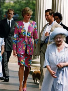 August 4, 1990: Princess Diana and the Royal family at Clarence House for the Queen mother's 90th birthday.