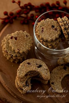 Oatmeal cookies with cranberries (cranberry oatcakes) Cranberry Cookies, Beautiful Desserts, Cooking Recipes, Healthy Recipes, Oatmeal Cookies, Yummy Cookies, Cookie Jars, Macarons, Christmas Cookies