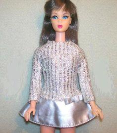 1959-barbie-vintage-original-silver-sparkle-mattel-D_NQ_NP_13370-MLM73204069_3049-F.jpg (563×644)