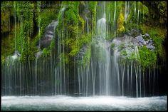 Mossbrea Falls, near Mt. Shasta, California ....rv trip planning
