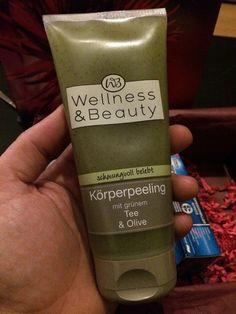 """Wellness & Beauty - Körperpeeling """"schwungvoll belebt"""" mit Grünem Tee & Olive"""