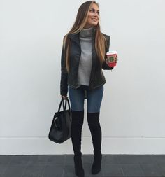 10 Fall Looks to Recreate Grey turtleneck sweater black puffer coat Levi s high waist skinny jeans and black over the knee boots Fall 2016 fashion inspo HelloGorgeous Mode Outfits, Casual Outfits, Jean Outfits, Black Puffer Coat, Puffer Vest, Over The Knee Boot Outfit, Black Knee High Boots Outfit, Tall Boots Outfit, Outfits Damen