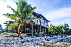 Siquijor TravelSeries : Cang-Isok Century-old House Siquijor Island is full of mysteries. Seeing this century-old house abandoned by the beach made me wonder why this hasn't been destroyed amidst the forces of nature. Known as the Cang-Isok House, our guide told us that this hasn't been destroyed even at its century-old age.  Even the recent typhoon that hit the island a year ago, the house stood as strong as ever.