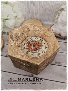 Szkatułka Vintage wykonana techniką Decoupage | CRAFT STYLE - blog Style Blog, Wood Watch, Decoupage, Decorative Boxes, Crafts, Accessories, Vintage, Design, Home Decor