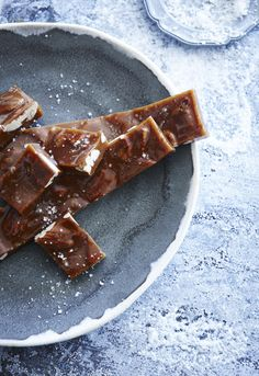 the food dept.: PASS THE SALT PLEASE - and make these gorgeous golden Fleur de Sel pecan caramels this week.