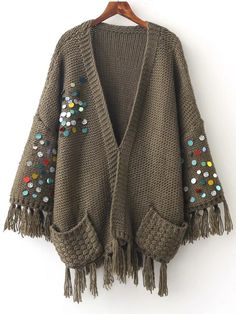 Cárdigan con lentejuelas y flecos – verde militar -Spanish Romwe Cardigan with sequins and fringes – military green -Spanish Romwe Crochet Jacket, Crochet Cardigan, Fringe Cardigan, Crochet Clothes, Diy Clothes, Sweater Coats, Sweaters, Cardigan Outfits, Gowns Of Elegance