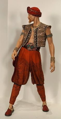 Once Upon a Time - Genie costume / http://sodapic.com