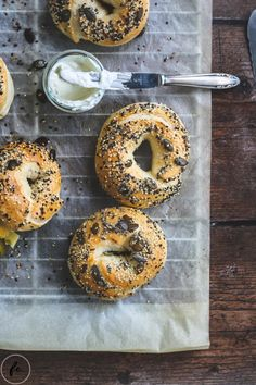 Rezept für Bagels Cupcakes, Vegan, Bagel, Bread, Baking, Sweet, Food, Icecream Craft, Food And Drinks