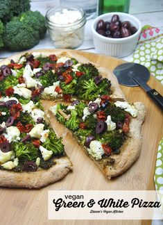 Vegan Green and White Pizza >> Dianne's Vegan Kitchen