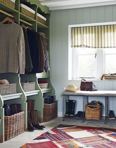 Design yourself a well-organised boot room with plenty of practical storage to act as a stylish transitional space for just-out-of-the-rain coats and muddy wellies Boot Room Utility, Utility Room Storage, Alcove Storage, Boot Storage, Storage Ideas, Küchen Design, House Design, Interior Design, Garage Design