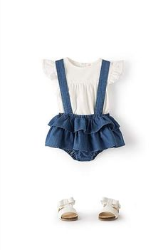 Look at these gorgeous bloomers! Thos frills are to die for. And they are currently on sale. Love the straps too. A perfect first birthday outfit for a little girl. #clothes #cute #baby #toddler #ad