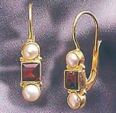 Banbury Garnet & Pearl Earrings