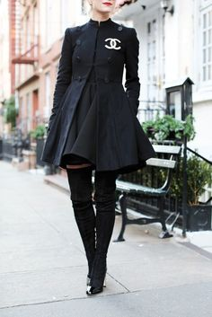 nice Latest fashion trends: Chic winter look Black Coco Chanel dress coat with over the knee boots Mode Outfits, Fashion Outfits, Mode Chanel, Mode Ootd, Chanel Dress, Chanel Coat, Chanel Outfit, Chanel Jacket, Chanel Chanel