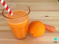 Orange juice, carrot and ginger - Easy - Health benefits of juicing Infused Water Recipes, No Salt Recipes, Fruit Infused Water, Fruit Drinks, Healthy Drinks, Eating Healthy, Red Juice Recipe, Zero Calorie Drinks, Sumo Natural