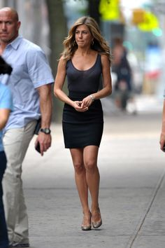 Jennifer Aniston Candids on the Set Of Bounty Hunter in New York, Jul 17, 2009 | iPrime