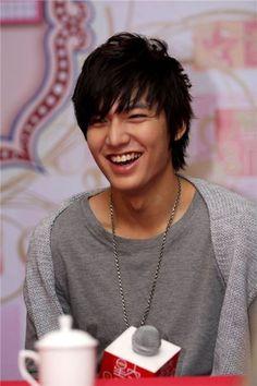 Lee Min Ho... I will be his ho! lol