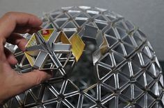 Come realizzare lampade e lampadari dai contenitori in tetra pack (video)