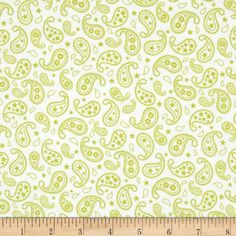 Cuddle Me Basics Flannel Paisley Lime from @fabricdotcom  Designed for StudioE Fabrics, this double-napped (brushed on both sides) flannel is perfect for quilting, apparel and home decor accents. Colors include white and green.