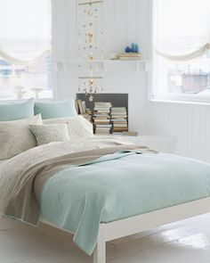 Mint White Bedroom Theme. This is so pretty.