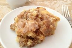 Apple Cinnamon Roll Cake. I am seriously considering this for dinner tonight...