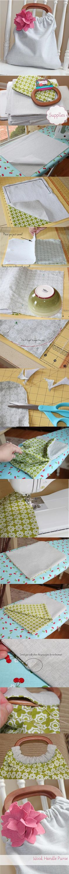 DIY: Bag Made ​​With Wooden Handles And Fabric. Easy, clear instructions with great pics to make this teen project an easy DIY purse that can be styled to a one of a kind fashion statement. Fabric Crafts, Sewing Crafts, Sewing Projects, Diy Crafts, Sewing Diy, Sewing Ideas, Diy Handbag, Diy Purse, Diy Bag Making