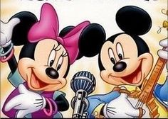 Mickey And Minnie Love, Mickey Mouse And Friends, Mickey Minnie Mouse, Mickey Ears, Disney Mouse, Disney Mickey, Disney Art, Walt Disney, Minnie Mouse Pictures