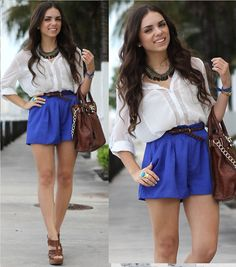 shorts + chiffon blouse. her style is so awesomeee