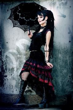 Ruffle Skirt Black and Dark Red Cabaret door darkfusionboutique, $170.00