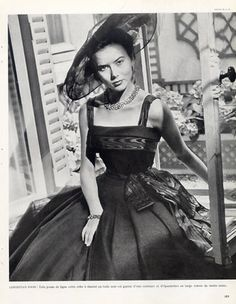 Christian Dior (Couture) 1947