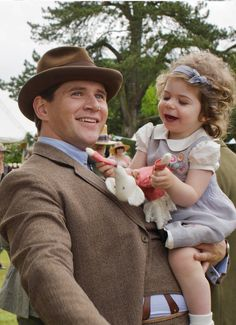 Branson and daughter Sybil.  #DowntonAbbey