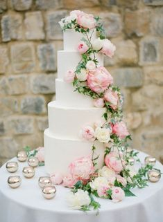 So pretty with the flowers naturally cascading down the tiers.