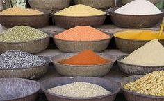 Terapia cu seminţe - Informatii despre seimnte de dovleac, susan, in, floarea soarelui, schinduf, chimen, coriandru, mac, rosii, migdale, arahide, nuci, caju, castana, nuci de macadamia, muguri de pin, nuci pecan, fistic si alune de padure