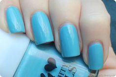 LFB Manhattan Naughty Nails 78V hellblau swatch (1 von 3)