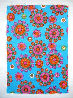 modflowers: bright and beautiful vintage fabric