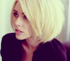 Blonde  bob haircut picture