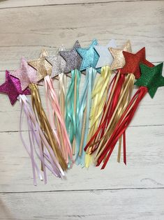 glitter star fairy wandsChristmas wand partywands princess Art For Kids, Crafts For Kids, Arts And Crafts, Wedding Wands, Star Wand, Disney Princess Frozen, Picture Boxes, Fairy Wands, Handmade Crafts