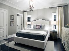 Kings Ridge Traditional Residence – Tomas Pearce Interior Design Consulting Inc.