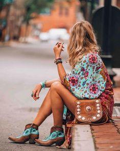Miles to Magnolia. Handmade leather handbag. Free People kimono. Old Gringo boots. Boho bohemian western hippie Ibiza style. IbizaBohoGirl. Morocco.
