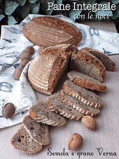 Tante Kekse: Vollkornbrot mit Walnüssen, Grieß und Verna Weizen