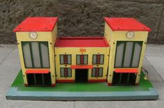 Estación de tren Vintage Marca PAYA http://r.ebay.com/jmH0GL vía @ebay @petitsencants  #PetitsEncants #PetitsEncantsBCN #ebay #Brocanter #Oddities #Antiques #retro #Vintage #tren #train #paya #toys