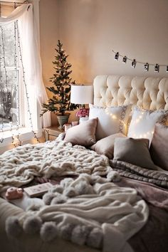 Christmas Queen Sheet Set Winter Chalet Cottage Deer by Holly Jolly 6 Pc Set