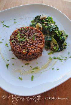 Tortino di riso thai rosso con verdure