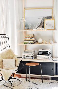 Bookshelf styling/scale
