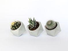 Übertöpfe - 3er-Set: Geometrischer Beton-Blumentopf, Übertopf - ein Designerstück von IndustrialRepublic bei DaWanda