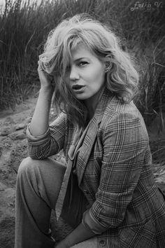 Erika V. I hope you like what you see. Irish Fashion, Fashion Hair, Erika, Dublin, Blonde Hair, Ireland, Fashion Photography, Photoshoot, Sea