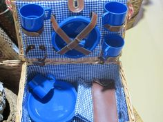 Don't stay at home and feel blue! Pick up your blue mood, fill this picnic basket with goodies and head to the beach!