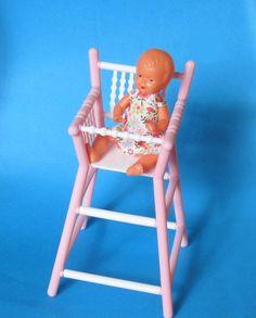 Hochstuhl mit Puppe Puppenhausmöbel Schwenk | SW27172 / EAN:4001352271724