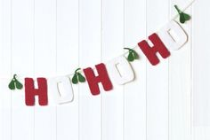 ideas crochet christmas bunting decoration for 2019 Knitted Bunting, Felt Bunting, Bunting Banner, Buntings, Bunting Ideas, Fabric Bunting, Christmas Banners, Felt Christmas, Christmas Decorations